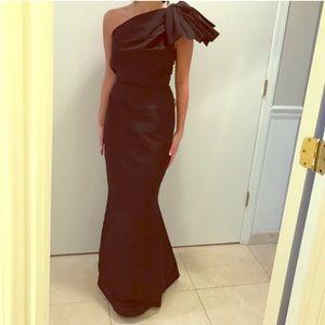 $3490 Carolina Herrera ball gown dress black bow